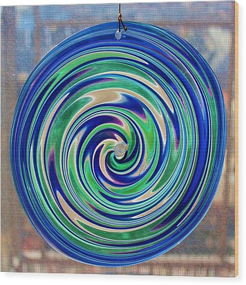 Glass Twirl Wood Print