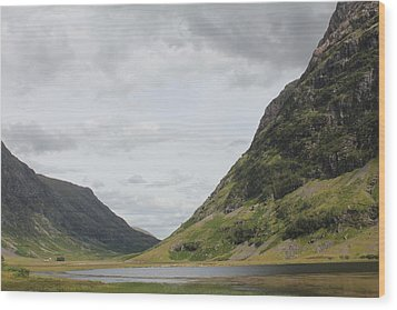 Wood Print featuring the photograph Glencoe Pass by David Grant