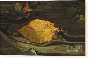 Gold Leaf Wood Print by Vilas Malankar
