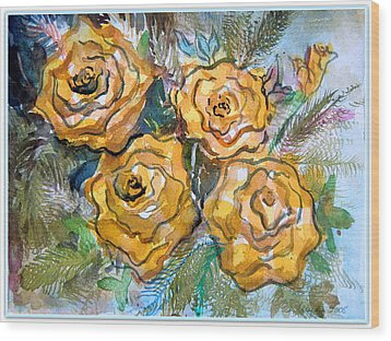 Gold Roses Wood Print by Mindy Newman