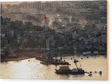 Golden Haze In Istanbul Wood Print by John Rizzuto