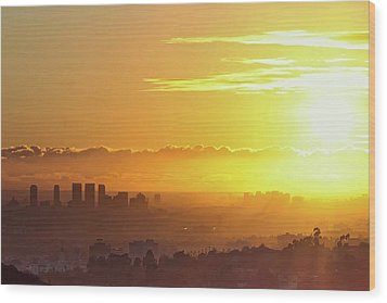 Golden Horizon At Sunset, Los Angeles Wood Print by Eric Lo