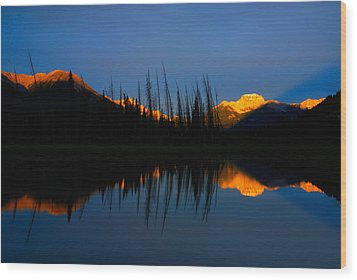 Golden Sunrise With Blue Background On Vermillion Lake Wood Print by Hegde Photos
