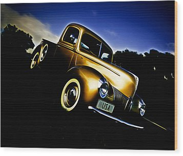 Golden V8 Wood Print by Phil 'motography' Clark