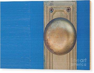Goldenknob Wood Print by Dan Holm
