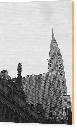 Grand Central-grand Hyatt-chrysler Wood Print by David Bearden