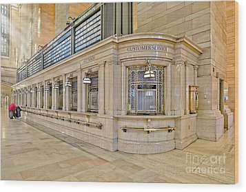 Grand Central Terminal Wood Print by Susan Candelario