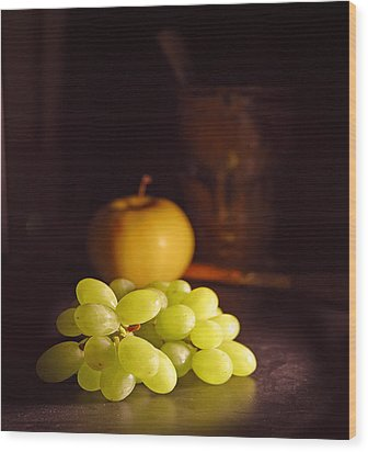 Grapes  Wood Print by Davor Sintic