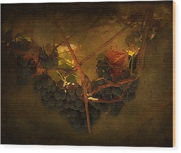 Grapes Wood Print by Peter Labrosse