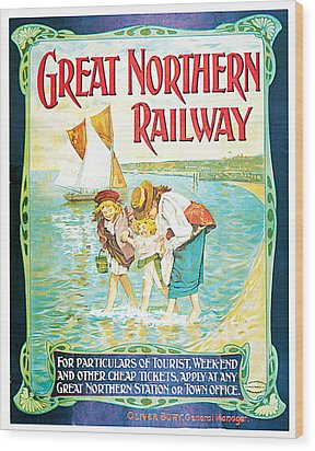 Great Northern Railway Wood Print by John Hayes