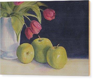Green Apples With Tulips Wood Print by Vikki Bouffard