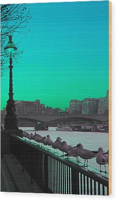 Green Day In London Wood Print by Jasna Buncic