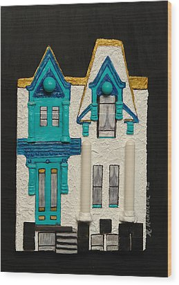 Green Victorian Mansion-montreal Wood Print