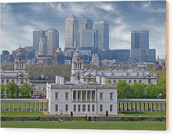 Wood Print featuring the photograph Greenwich by Rod Jones