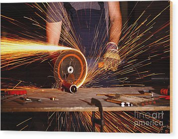 Grinder In Action Wood Print by Gualtiero Boffi