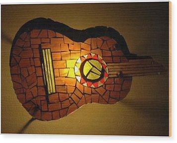 Guitarra Wood Print by Sonia Ruiz