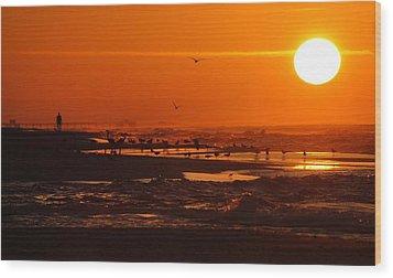 Gulf Coast Sunday Morning Wood Print by Michael Thomas