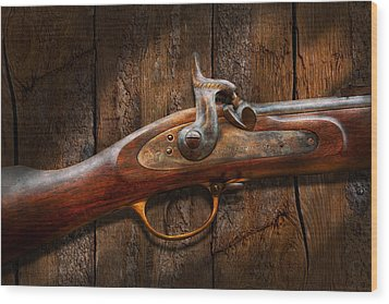 Gun - Musket - London Armory  Wood Print by Mike Savad