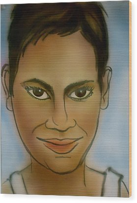 Halle Berry Wood Print by Pete Maier