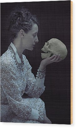 Hamlet Wood Print by Joana Kruse