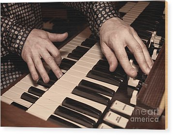 Wood Print featuring the photograph Hammond by Kim Wilson