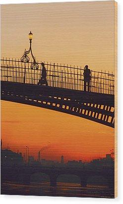 Hapenny Bridge, Dublin, Co Dublin Wood Print by The Irish Image Collection