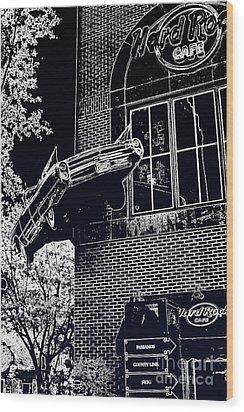 Hard Rock Caddy Wood Print by Joe Finney
