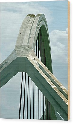 Harp Bridge Wood Print