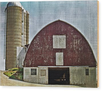 Harvest Barn Wood Print by Kathy Jennings