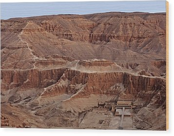 Hatshepsuts Mortuary Temple Wood Print by Kenneth Garrett