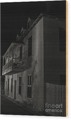 Wood Print featuring the photograph Haunted Alleyway by Vicki DeVico