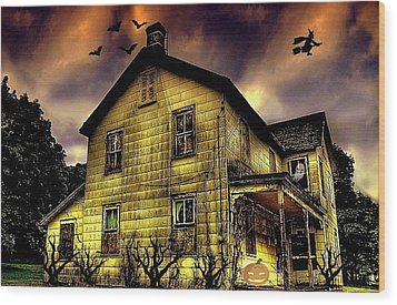 Haunted Halloween House Wood Print by Robin Pross