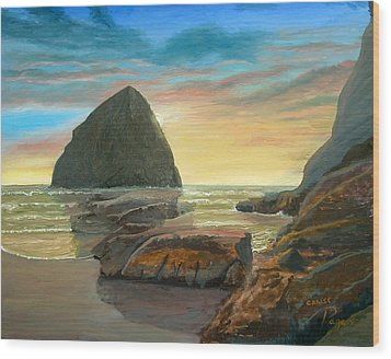 Haystack Kiwanda Sunset Wood Print by Chriss Pagani