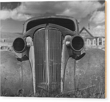 Headlights And Grill With Clouds Wood Print