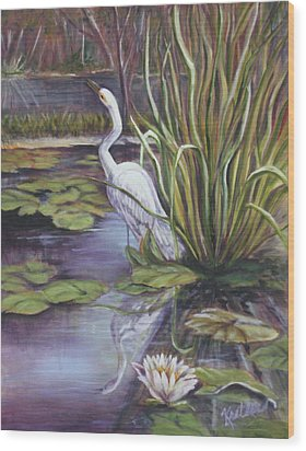 Heron Standing Watch Wood Print