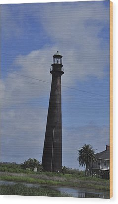 High Island Lighthouse Wood Print by Helen Haw
