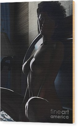 Highlights Of A Nude Wood Print by Robert Daniels