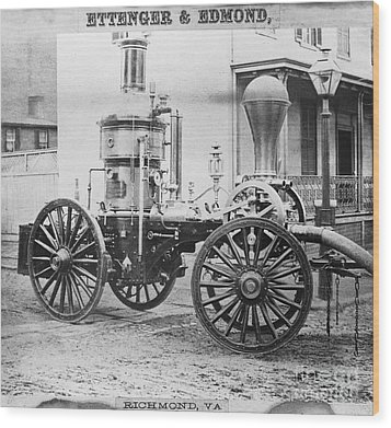 Historic Fire Engine Wood Print by Omikron