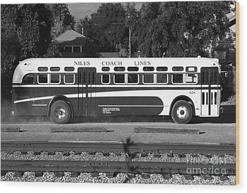 Historic Niles District In California Near Fremont . Niles Coach Line Bus . 7d10803 . Bw Wood Print by Wingsdomain Art and Photography
