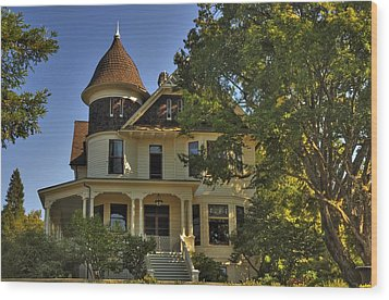 Historic Victorian House Wood Print by Tyra  OBryant