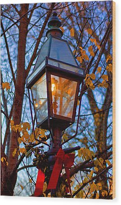 Holiday Streetlamp Wood Print by Joann Vitali