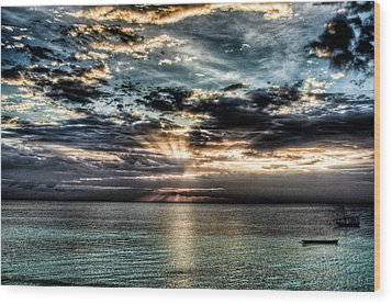 Wood Print featuring the photograph Horizon by Andrea Barbieri
