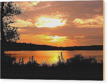 Horn Pond Sunset 2 Wood Print