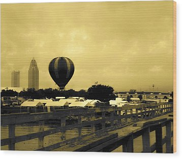 Hot Air Balloon Wood Print by Floyd Smith
