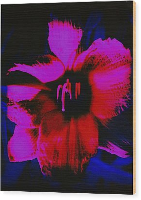 Wood Print featuring the photograph Hot by Carolyn Repka