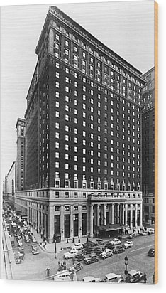 Hotel Pennsylvania, New York City Wood Print by Everett