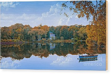 Wood Print featuring the photograph Hoxie Pond by Gina Cormier
