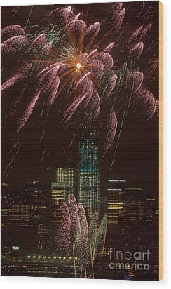 Hudson River Fireworks X Wood Print by Clarence Holmes