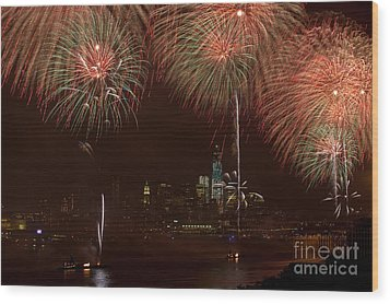 Hudson River Fireworks Xii Wood Print by Clarence Holmes