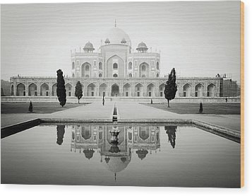 Humayun Tomb Wood Print by Dhmig Photography